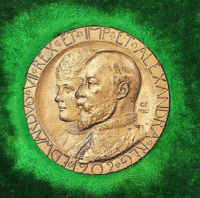 1902 Edward and Alexandria United Kingdom Bronze Coronation Medal Original Box