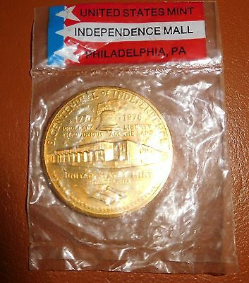 US Mint 1976 Expo Bicentennial of Independence Coin/Token