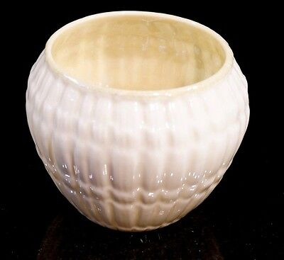 Beautiful Belleek Black Mark Limpet Yellow Sugar Bowl