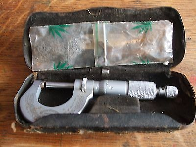 Vintage Moore & Wright No 961 Micrometer  0 - 1""