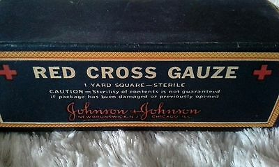 Vintage RED CROSS GAUZE compete in box Advertising JOHNSON & JOHNSON Collectible