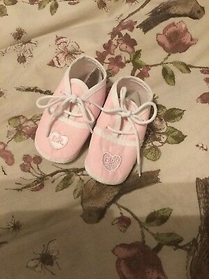 Baby Girls Pram Shoes Pink And White Size 0-4 Months Brand New
