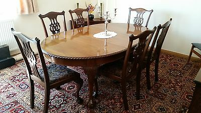 Antique solid mahogany table and Chairs in Chippendale style