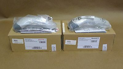 Lot of 2 New Honeywell MS9520 MS9520-40 Voyager Barcode Scanners