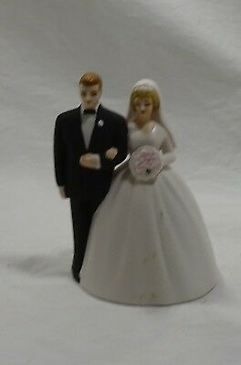Porcelain Bride and Groom Cake Topper - Bell - Made by Lefton #1417 - Vintage