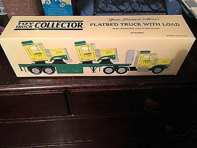 Toy Truck Collector 1999 Flatbed Truck With Load Limited Edition
