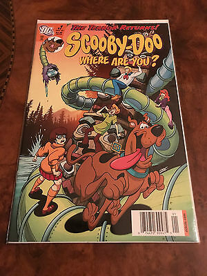 Lot Of 2 Dc Comic Books Scooby-Doo #1 & Scooby-Doo #158 Comics Bagged & Boarded