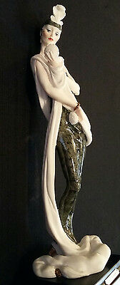 Giuseppe Armani FLORENCE Figurine LADY WITH COMPACT-Signed, Black & Gold Gown