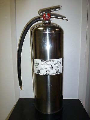 Amerex 2.5 Gallon Water Fire Extinguisher With New Schrader Valve - Tested