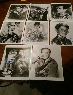 8 Lost in Space TV Show Photo's Signed by all 8 the Cast Members