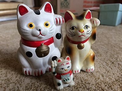 lot of 3 small welcome cats Japanese lucky Neko
