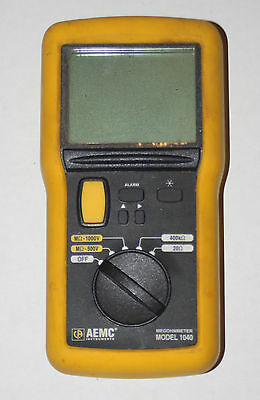 AEMC 1040 Megohmmeter 1000v Megger USED Very Good Condition, with leads