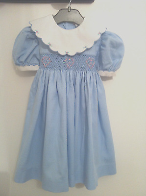 Magnifique Robe Fille 18/24 Mois Smocks Brodee Main Comme Neuf