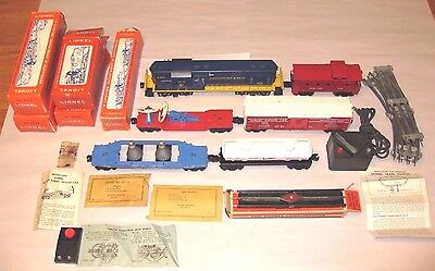 Lionel Train Set With Locomotive And Cars 1962 C&o Engine Postwar Military
