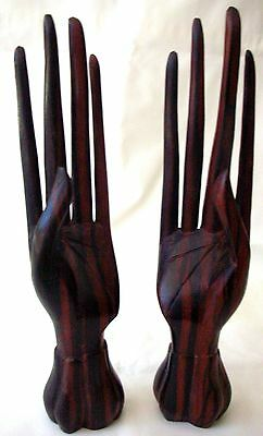 Balinese Carving - PAIR OF ELEGANT WOODEN HANDS - Ornament Display Ring-Holder