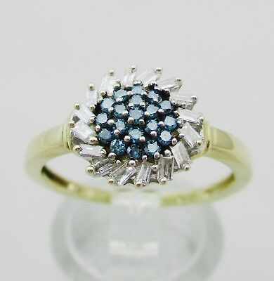 Gorgeous 9ct Gold, Blue & White Diamond Cluster Ring.  Size P