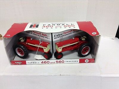 New Ertl Ih Mccormick Farmall 460 And 560 1/16 Scale Toy Tractors 4 & 5 Plow