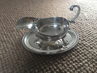 Lovely Vintage Silver Plated Gravy Jug Sauce Boat With Tray