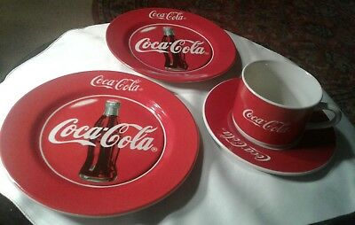 """Lot of 4 Pieces Coca-Cola Brand Dinnerware 2-8"""" plates 1cup & 6"""" saucer-1997 VG"""