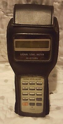 SIGNAL LEVEL METER 46-870MHz HOLLAND ELECTRONICS ST-4000D
