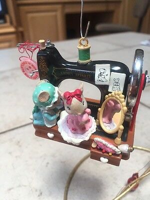 ENESCO CHRISTMAS ORNAMENT: BUTTONS N' BOWS BOUTIQUE mice with sewing machine
