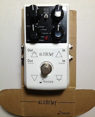 Donner Alchemy Modulation Effect Guitar Pedal