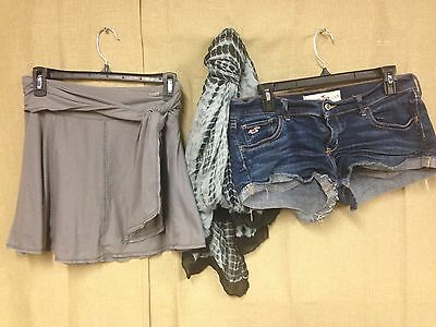Lot Of 3 ~~~  Hollister Jean Shorts Size 9 Womens Abercrombie Skirt L Scarf  #