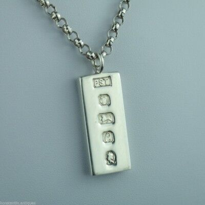 Vintage 1977 solid silver bar pendant on chain Sheffield England nice solid gift