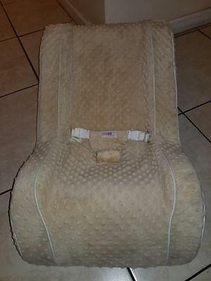 Infant Baby Toddler Sleeper Portable Recliner Seat Napping Nursing Bed, Cream