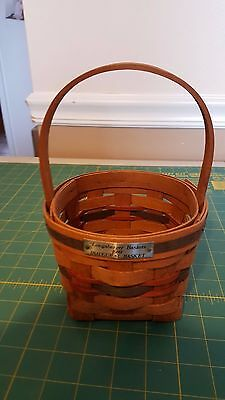 Small Longaberger Square to Round Handled Basket -1979 Inaugural Basket