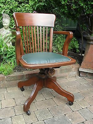Fully Restored Vintage Oak Captain's Chair in Top Condition.