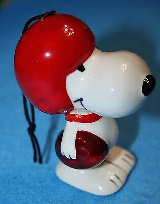 VERY RARE Vintage FOOTBALL Snoopy United Feature Syndicate Ornament
