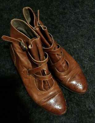 Gorgeous tan vintage ankle boots with buckle and cut out detail, Sz 39 &1/2, GUC
