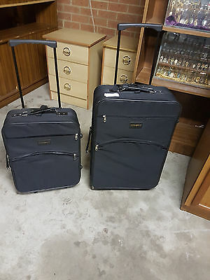 2 Piece travel case stowaway