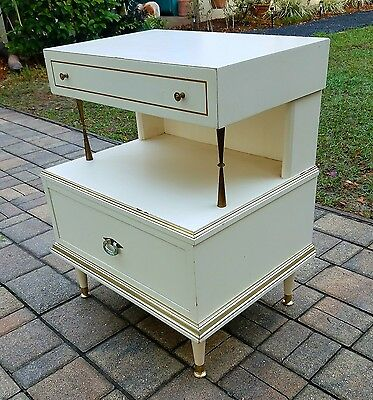 Nightstand end table American of Martinsville Hollywood Regency mid-century