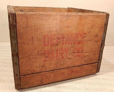 Vintage & Rare Defiance Dairy Co. Wooden Milk Crate - Defiance, OH - COOL! 1958
