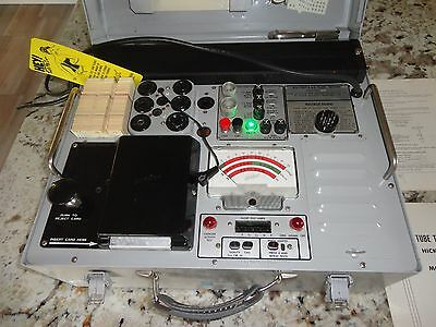 HICKOK WESTERN ELECTRIC TUBE TESTER CARDMATIC KS-15874-L2 with CARD SET