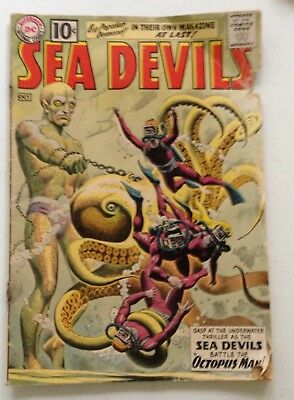 Sea Devils 1   1st Solo Appearance in Own Title $0.99 No Reserve Silver Age