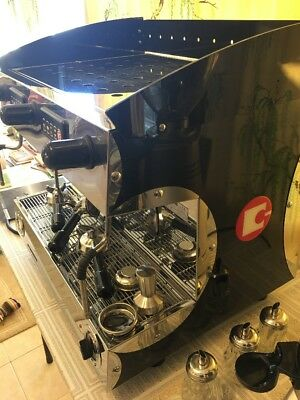 Commercial Coffee Machine And Grinder.   ***PRICE REDUCED ****MUST SELL****