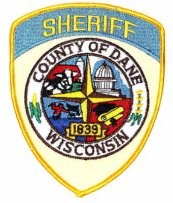 DANE WISCONSIN WI Police Sheriff Patch DOME DIPLOMA COW BULL BARN FARM OLD MESH