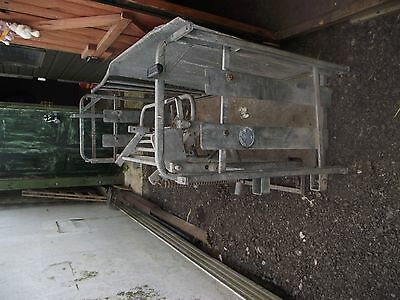sheep rollover crate
