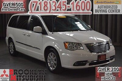 2015 Chrysler Town & Country Touring 2015 Chrysler Town & Country Touring. Bright White Clearcoat, 3.6L V6 Cylinder E