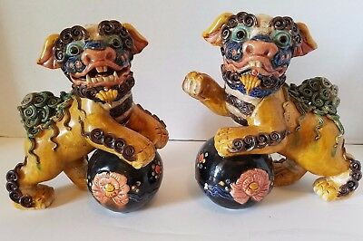 Vintage Chinese Pottery Porcelain Statue Foo Dog Lion Kylin Beast Play Ball Pair