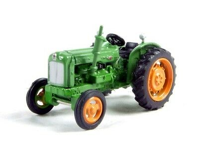 N Scale Fordson farm Tractor - Green