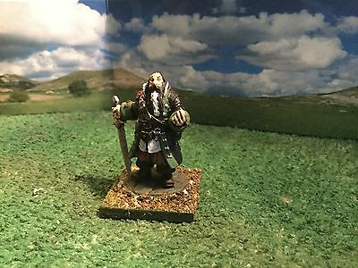 Pirate Captain Barnabas 25mm