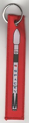 SpaceX Falcon 9 Rocket CRS-9 Authentic Red Keyring Keychain Remove Before Flight