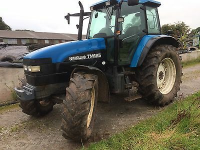 Newholland tm125 tractor