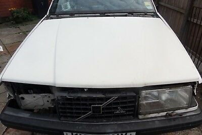 Volvo 940 White Bonnet