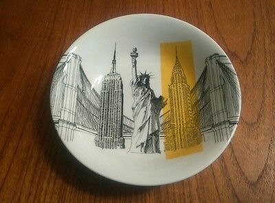 Poole Pottery New York scene cereal bowl.