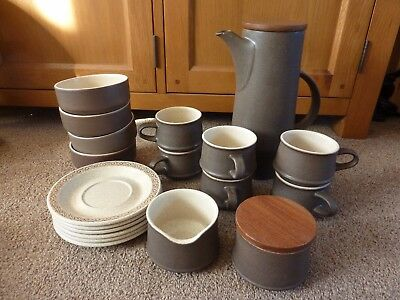 Purbeck Pottery Tea-/Coffee Set + Cereal Bowls
